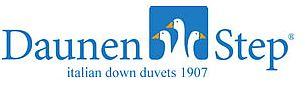Logo Právě otevřen 1. obchod vČR italské značky DaunenStep -nejkvalitnější peřiny